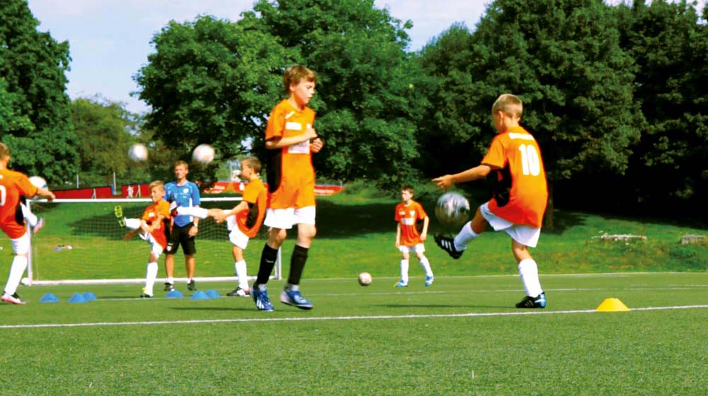 players now have to alternately kick the ball with their left and right foot